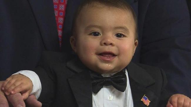 Thị trưởng danh dự nhỏ tuổi nhất nước Mỹ - ảnh 2