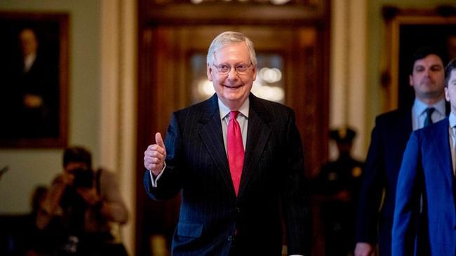 Thượng viện Mỹ chính thức thông qua gói cứu trợ lịch sử 2.000 tỷ USD - ảnh 2