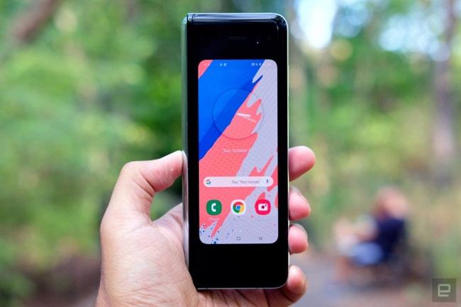 Giá gần 2.000 USD nhưng đến giờ Galaxy Fold mới được cập nhật Android 10 - ảnh 3