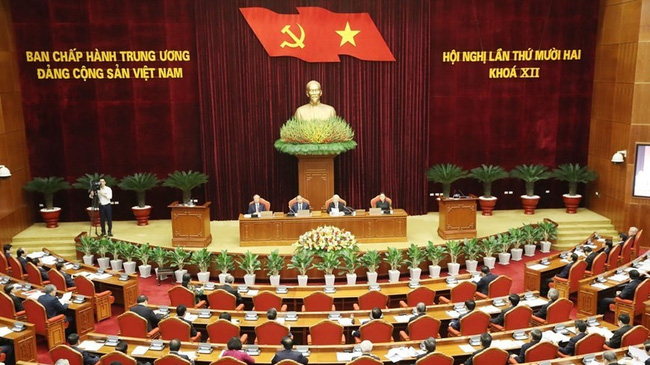 At the 12th plenum of the Party Central Committee, 12th tenure. (Photo: VNA)