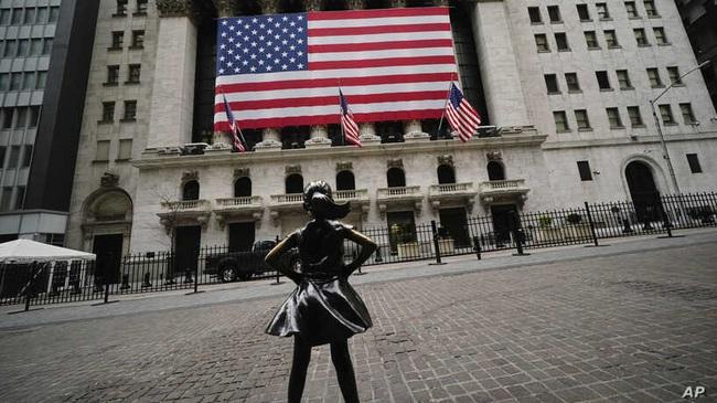 Mở cửa lại nền kinh tế hay tiếp tục bế quan tỏa cảng: Canh bạc của nước Mỹ! - ảnh 6