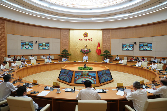 Prime Minister Nguyen Xuan Phuc at the meeting (Photo: VPG)