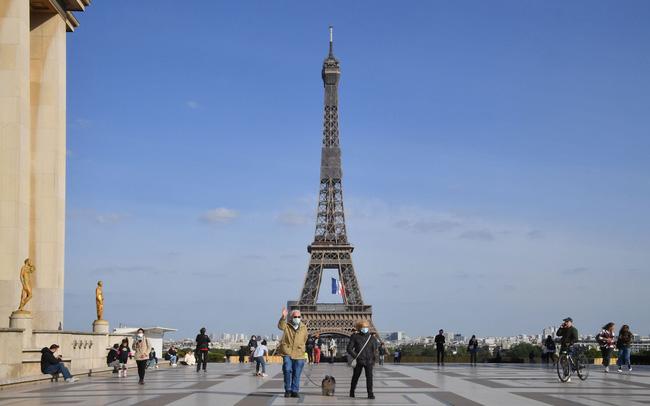 Tháp Eiffel sẽ đón du khách trở lại từ cuối tháng 6 - ảnh 3