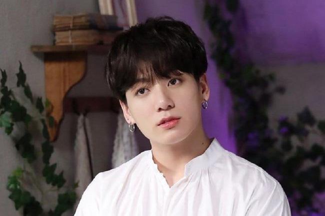 Hậu lùm xùm ổ dịch hộp đêm Itaewon, Jungkook (BTS) trực tiếp xin lỗi - ảnh 1