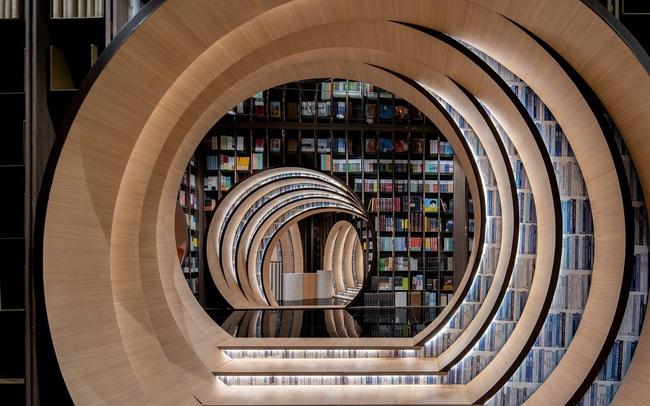 """Mở rộng tầm mắt với """"căn hầm sách"""" độc lạ tại Bắc Kinh (Trung Quốc) - ảnh 3"""