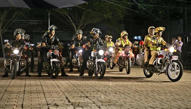 Công an Thành phố Hồ Chí Minh ra quân trấn áp tội phạm - ảnh 1