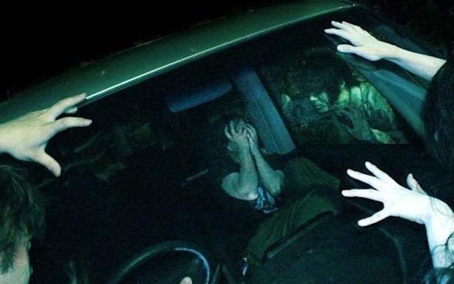 Dựng tóc gáy, trải nghiệm lái xe xuyên nhà ma kinh hoàng tại Nhật Bản - ảnh 2