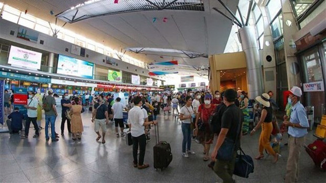 At Da Nang International Airport (Photo:VNA)
