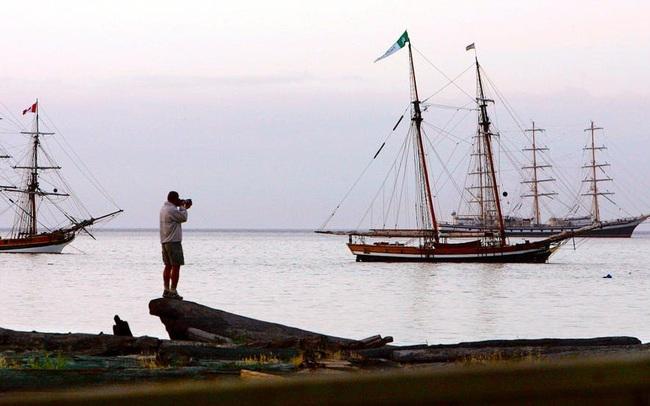 Đi thuyền vòng quanh thế giới trở về, người đàn ông ngỡ ngàng trước dịch COVID-19 - ảnh 2
