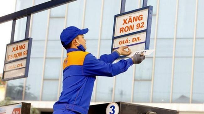 CHÍNH THỨC: Giá xăng, dầu tăng mạnh từ chiều nay (26/11) - ảnh 1