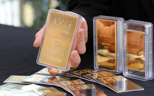 Giá vàng lần đầu tiên vượt ngưỡng 2.000 USD/ounce - ảnh 3