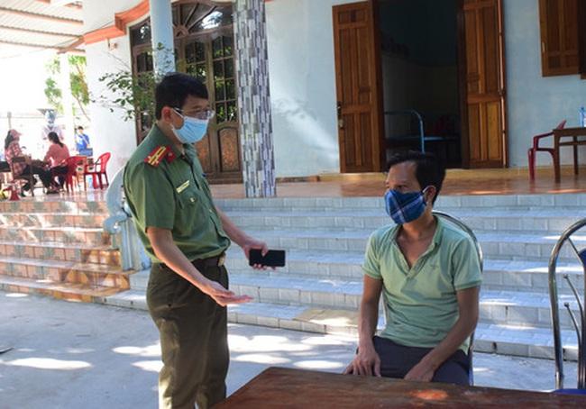 Bắt xe chở 6 khách từ Đà Nẵng ra Huế trốn kiểm dịch y tế - ảnh 3