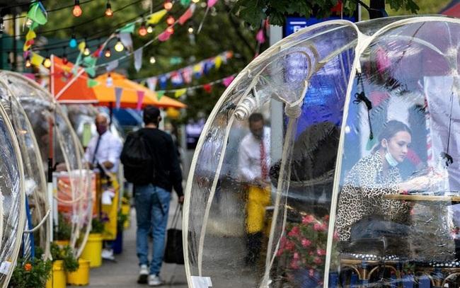 Ý tưởng 'bong bóng' cứu sống nhà hàng New York (Mỹ) trong mùa COVID - ảnh 4