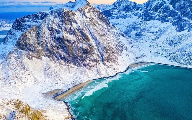 Chiêm ngưỡng, 7 bãi biển tuyệt cảnh của mùa đông - ảnh 8