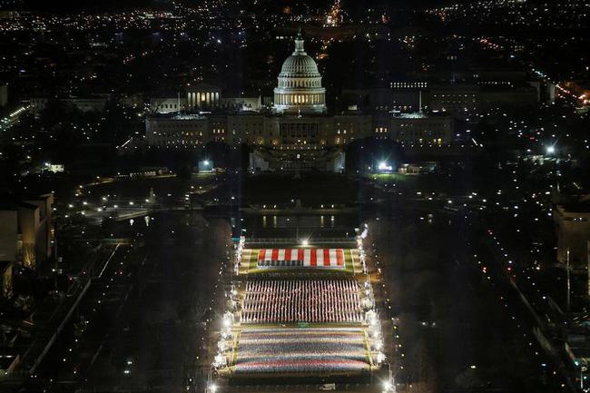 Nước Mỹ trước giờ phút chuyển giao quyền lực giữa hai đời Tổng thống - ảnh 24