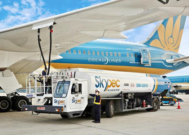 Giảm mức thuế bảo vệ môi trường đối với nhiên liệu bay đến hết 2021 - ảnh 2