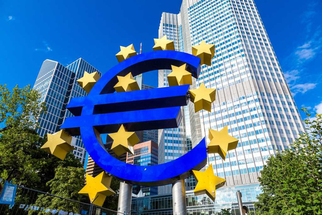 Ngân hàng trung ương Châu Âu (ECB)