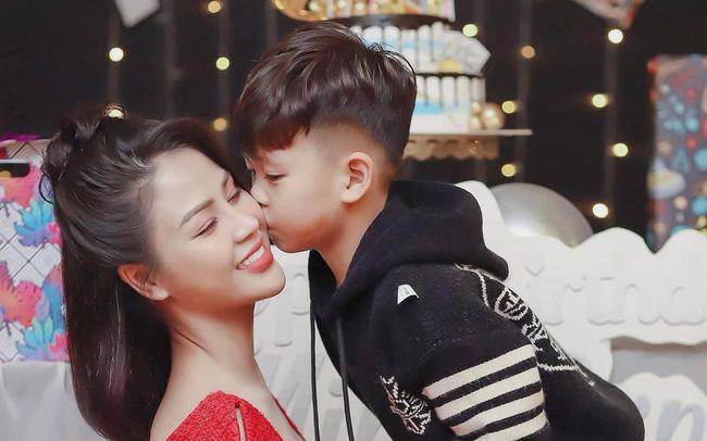 Lương Thu Trang - Minh của Hướng dương ngược nắng khoe con trai lém lỉnh - ảnh 13