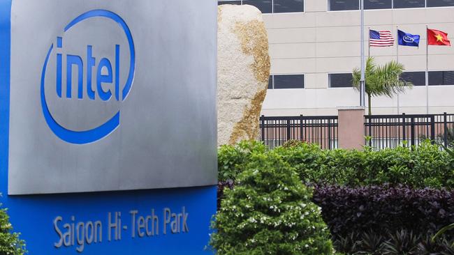 Intel đầu tư thêm gần nửa tỷ USD vào Việt Nam - ảnh 1