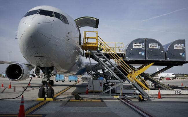 Amazon mua máy bay để tự vận chuyển hàng hoá - ảnh 1