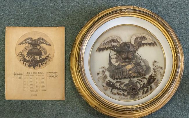 Khám phá món đồ đặc biệt làm từ tóc của Abraham Lincoln - ảnh 2