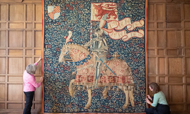 Trưng bày tấm thảm có nguồn gốc bí ẩn từ thế kỷ 15 sau 4 năm bảo tồn - ảnh 3