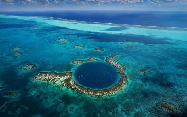 """Chiêm ngưỡng """"Hố xanh khổng lồ"""", một trong những bí ẩn lộng lẫy nhất thế giới - ảnh 5"""