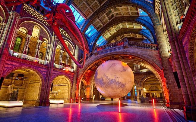 Ấn tượng, mô hình Sao Hỏa khổng lồ tại Bảo tàng Anh - ảnh 6