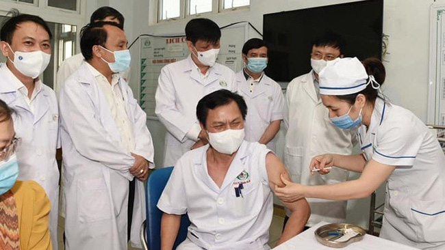 The current medical system in Vietnam is well qualified to handle reactions and complications following COVID-19 vaccination.