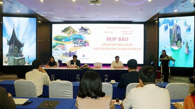 Quang Ninh holds a press conference to introduce the tourism promotion plan on April 2.