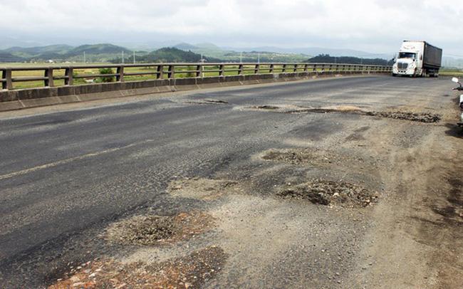Để đường hỏng không sửa chữa, dự án BOT phải tạm dừng thu phí - ảnh 1