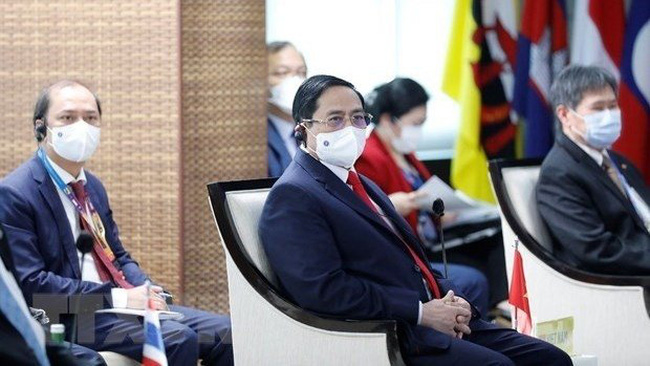 PM Pham Minh Chinh attends the ASEAN Leaders' Meeting in Jakarta, Indonesia, on April 24. (Photo: VNA)