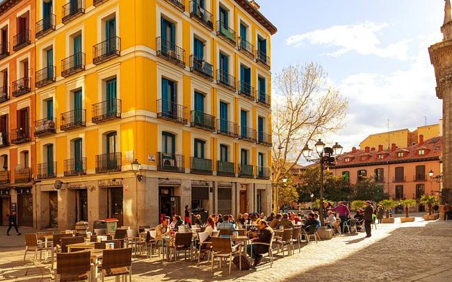 Tây Ban Nha chuẩn bị đón du khách toàn cầu vào tháng 6 - ảnh 4