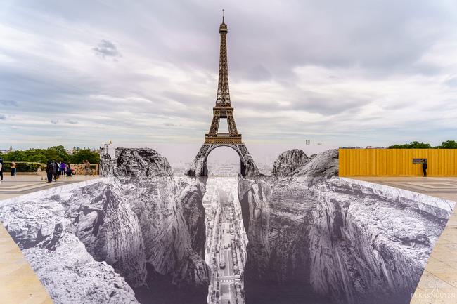 Nghệ thuật sắp đặt 3D chào mừng Tháp Eiffel sắp đón khách trở lại - ảnh 12