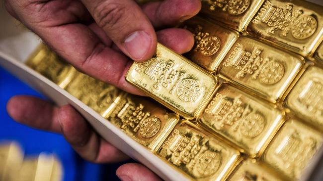 Yếu tố bất lợi với đồng USD sẽ giúp củng cố đà tăng của giá vàng - ảnh 1