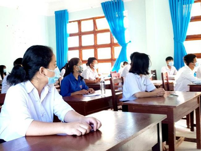 Từ ngày 6/5, trừ thành phố Hội An, học sinh Quảng Nam đi học trở lại - ảnh 1