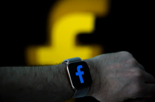 Smartwatch đầu tiên của Facebook sẽ có camera tháo rời - ảnh 3