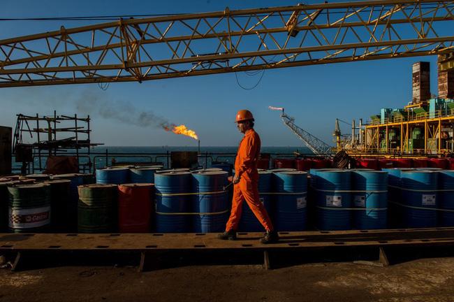 Vì sao giá dầu liên tục tăng? - ảnh 2