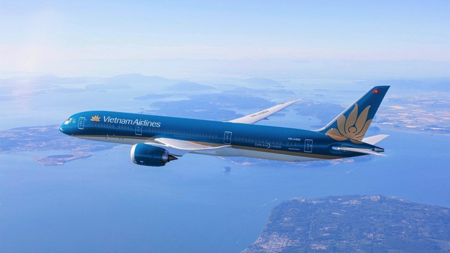 Vietnam Airlines can operate flights carrying passengers and cargo between Vietnam and all airports in Canada, with the earliest flight is scheduled to take off on June 30. (Photo: VNA)