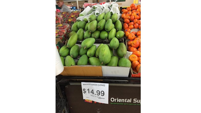 Vietnamese mangoes have hit the shelves of a supermarket in Perth. (Photo: Vietnamese Consulate General in Perth)