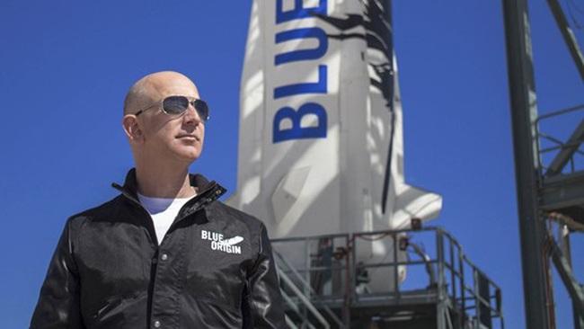 Xem trực tiếp chuyến bay của tỷ phú Jeff Bezos vào vũ trụ bằng cách nào? - ảnh 2