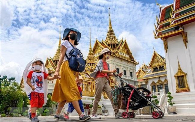 Số ca nhiễm COVID-19 tăng cao, Thái Lan hạn chế du lịch nội địa - ảnh 3