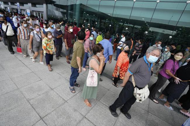 Biến thể Delta lây lan mạnh, số ca mắc mới tại nhiều nước châu Á tăng kỷ lục - ảnh 3