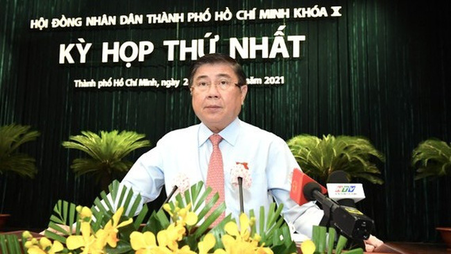 Nguyen Thanh Phong is re-elected as chairman of the Ho Chi Minh City People's Committee. (Photo: SGGP)