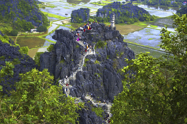 Mua Cave - Ninh Binh Province. Photo: The Hanoi Times