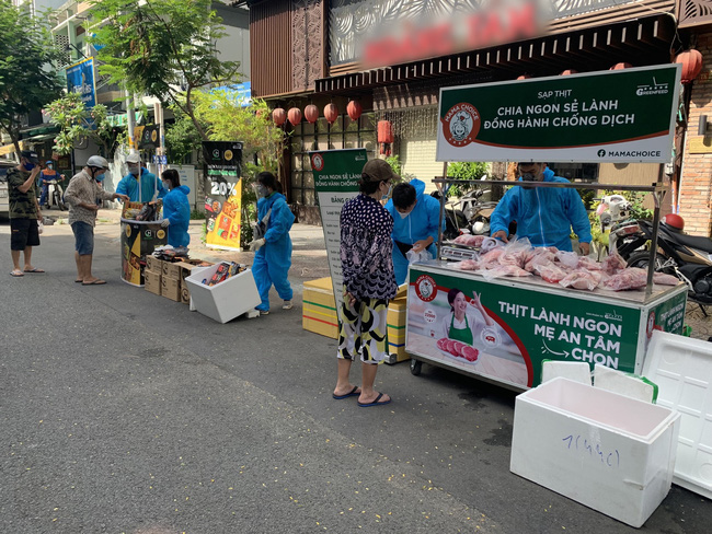 The GREENFEED Mobile Sale Points in Ho Chi Minh City.