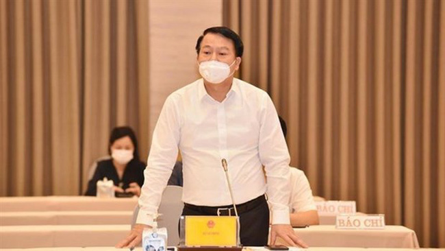 Deputy minister of finance Nguyen Duc Chi during a government meeting to discuss a 5.2 billion USD COVID-19 relief package for businesses in Hanoi on August 11. (Photo: baochinhphu.vn)