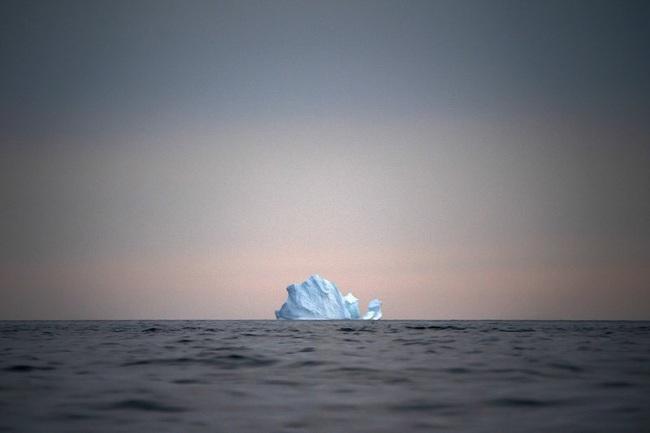 Lần đầu tiên trong lịch sử xuất hiện mưa trên đỉnh thềm băng Greenland - ảnh 2