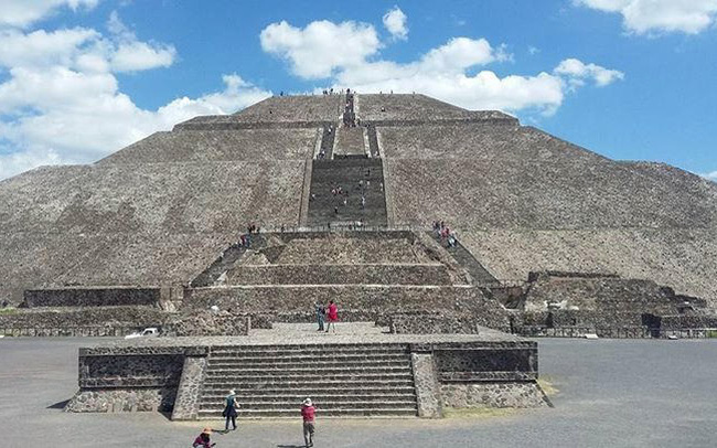 Phát hiện bó hoa hơn 2.000 tuổi dưới kim tự tháp Teotihuacan - ảnh 4