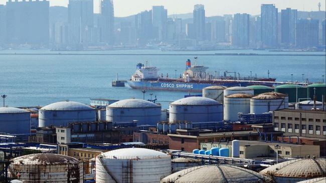 Trung Quốc bán dầu từ kho dự trữ chiến lược - ảnh 2